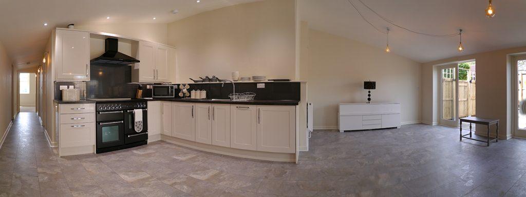 The Den - Kitchen/Lounge